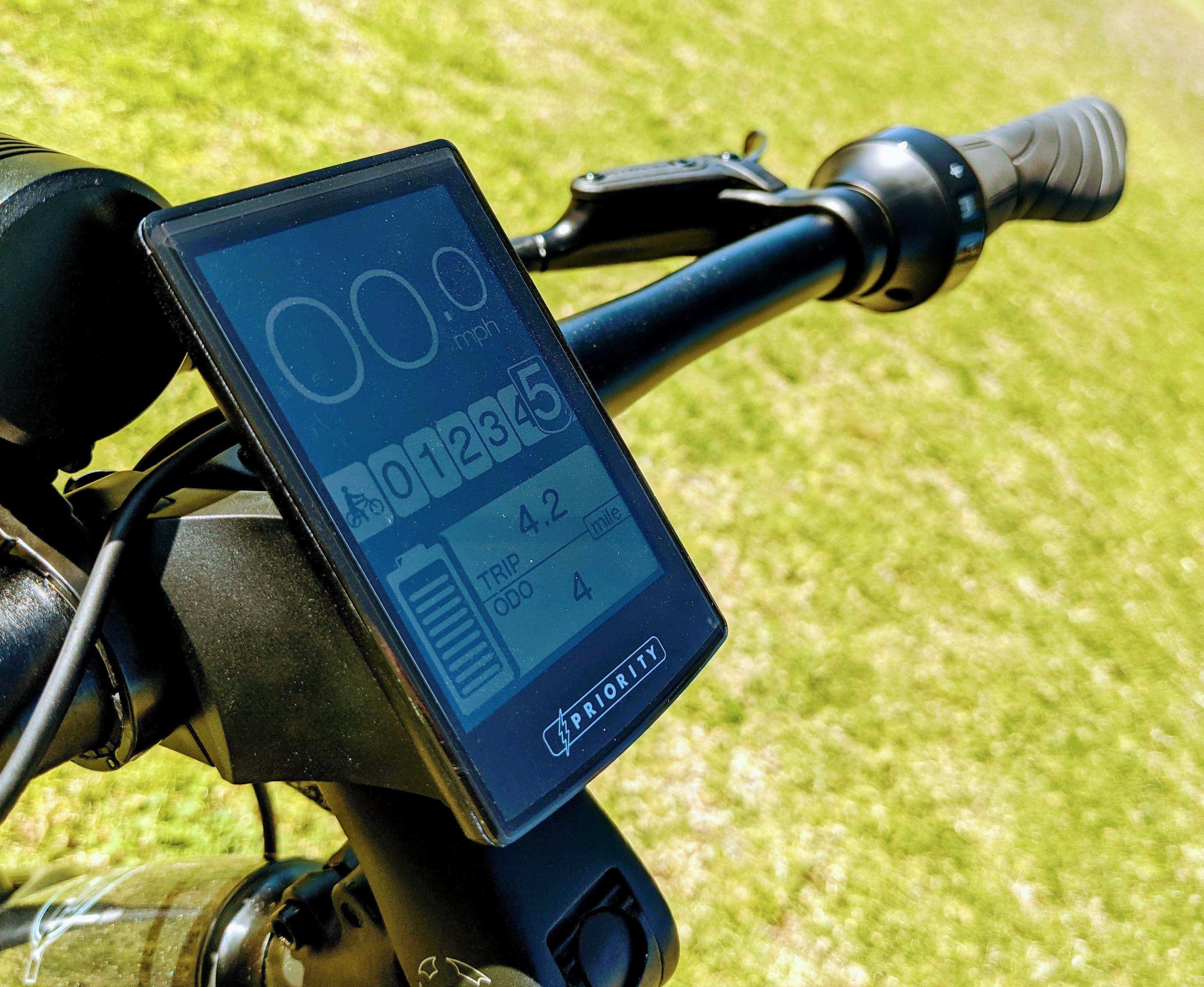 Bicicleta eléctrica actual con prioridad