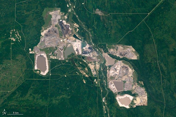 Arenas de alquitrán de Alberta desde el espacio
